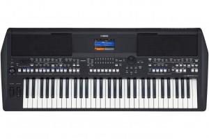 PSR-SX600